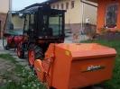Nový traktor v obci